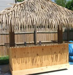Build Your Own Backyard Tiki Bar – Your Projects Pool Bar, Backyard Projects, Outdoor Projects, Outdoor Ideas, Patio Ideas, Garden Projects, Diy Projects, Tikki Bar, Outdoor Tiki Bar