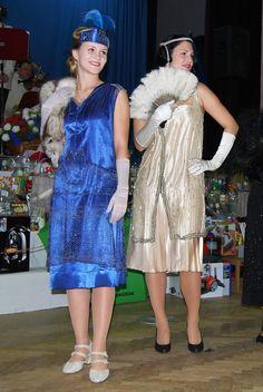 Klikni pro zavření, klikni a drž pro přetažení. Použij šipky pro následující či předešlou fotku. Dresses, Fashion, Moda, Vestidos, Fashion Styles, Dress, Dressers, Fashion Illustrations, Gowns