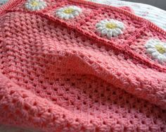 Colorful Crochet Granny Rectangle Baby Blanket por tillietulip