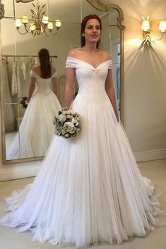 Off Shoulder Wedding Dresses Simple Tulle Vestido De Noiva Robe De Mariage Dresses Married White Bridal Gown Tulle Wedding Gown, Sweetheart Wedding Dress, Dream Wedding Dresses, Budget Wedding Dress, Disney Wedding Dresses, Princess Wedding Dresses, Empire Wedding Dresses, Vera Wang Wedding Dresses, Dress Lace