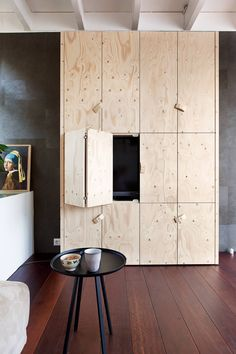 hinged folding cabinet doors - wall covered with these upstairs / kids room Ikea Furniture, Plywood Furniture, Furniture Design, Furniture Ideas, Interior Architecture, Interior And Exterior, Interior Design, Ivar Regal, Plywood Storage