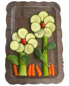 It s all in the presentation - food art to inspire healthy eating nooshloves Cute Food, Good Food, Yummy Food, Baby Food Recipes, Cooking Recipes, Yogurt Recipes, Fun Recipes, Spring Recipes, Veggie Art