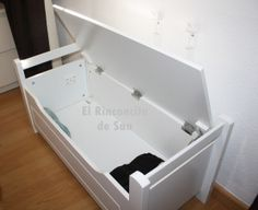 Banquito de almacenaje para pie de cama