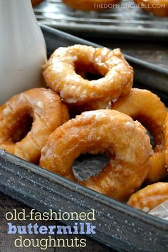 These EASY Homemade Buttermilk Old Fashioned Doughnuts are just like your favorite bakery's, but BETTER. So simple, so scrumptious and packed with amazing flavor! Buttermilk Recipes, Homemade Buttermilk, Homemade Donuts, Buttermilk Doughnut Recipe, Old Fashioned Doughnuts Recipe, Donut Recipes, Cooking Recipes, Breakfast Recipes, Dessert Recipes