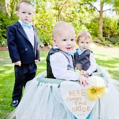 Real Weddings - In Bliss Weddings Anamaria crafted the adorable wagon her ringbearers rode down the aisle in herself. - See more at: http://inblissweddings.com/real-weddings/story/anamaria_and_devin/309#sthash.65NHeefP.dpuf