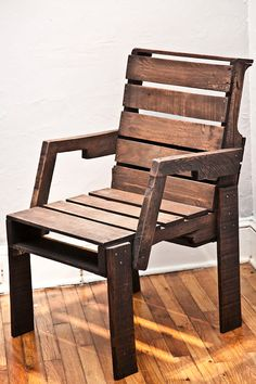 Pallet Captain's Chair by roughsouthhome on Etsy