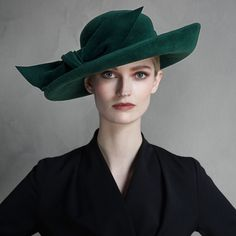Cholsey fedora - Crafted from rabbit fur felt. Wide brim and exaggerated bow makes the Cholsey fedora a real statement piece. Crafted from rabbit fur felt. Wide brim and exaggerated bow makes the Cholsey fedora a real statement piece. Occasion Hats, Fedora Hat Women, Fall Hats, Winter Hats, Women's Fashion Dresses, Fashion Hats, 50 Fashion, Fashion Styles, Maxi Dresses
