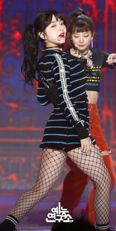 Red Velvet- Irene and Seulgi Stage Outfits, Kpop Outfits, Dance Outfits, Sexy Outfits, Red Velvet Joy, Red Velvet Irene, Velvet Style, Seulgi, Rapper