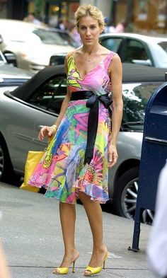 SJP as Carrie Bradshaw Wearing A Mulit-Coloured Dress with a Black #Bow In Madison Avenue, SATC Season 4