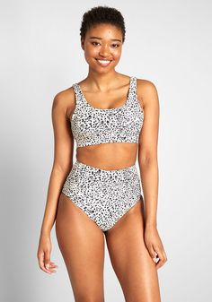 Whether you're off to the pool or the beach, you're sure to make a splash in this high-waisted bikini bottom. Encouraging playfulness with its leopard print, this on-trend swimwear is detailed with a banded high waistline that creates a sleek Black High Waisted Swimsuit, Crop Top Bikini, High Waisted Bikini Bottoms, Bikini Set, Cute High Waisted Bikinis, Bandeau Bikini, Bikini Girls, Bathing Suits For Teens, Cute Bathing Suits
