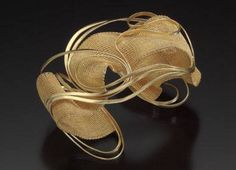 Mary Lee Hu., Bracelet Twenty-two karat gold. 7.0 x 8.9 x 7.0 centimeters, 2002. Collection of Museum of Arts & Design, New York. Museum photographs by Douglas Yaple;