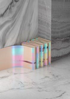 the iridescent pastel colours. Design Blog, Design Trends, Print Design, 3d Design, Layout Design, Buch Design, Design Graphique, Grafik Design, Editorial Design