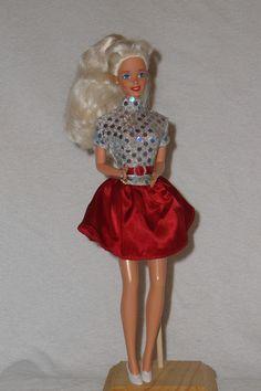 1998 Hugs & Kisses Barbie