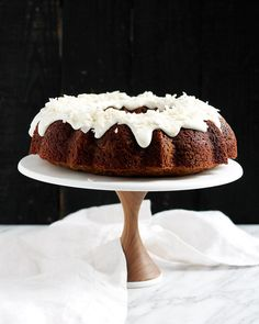 Plan the perfect party with our brand new walnut cake stand! Beautiful, functional, and sturdy, our cake stands are made to be the perfect means of proudly displaying your cakes.