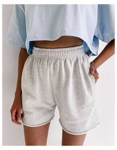 Shorts Outfits Women, Short Outfits, Summer Outfits, Cute Outfits, Latest Outfits, Fashion Outfits, Trendy Hoodies, Aesthetic Clothes, Models