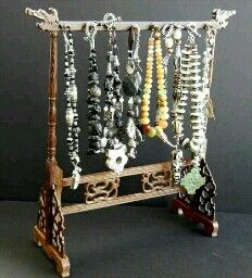 Pretty necklace holder