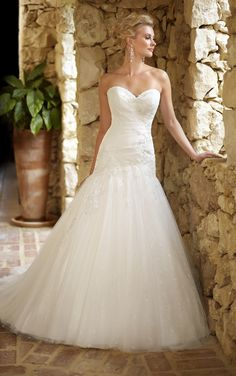 Wedding Dress Gallery   Stella York
