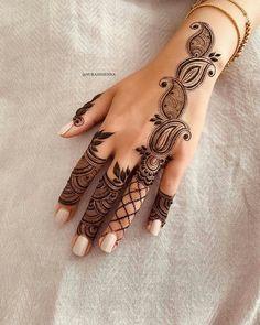 Pretty Henna Designs, Finger Henna Designs, Henna Tattoo Designs Simple, Mehndi Designs Book, Latest Bridal Mehndi Designs, Mehndi Design Photos, Unique Mehndi Designs, Mehndi Designs For Fingers, Dulhan Mehndi Designs