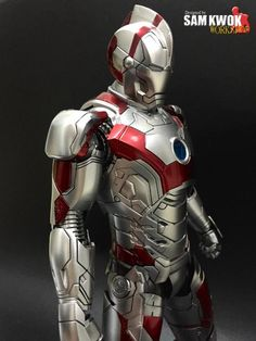 Pop Culture – The awesome customized figures by Sam Kwok: Iron Man Ultramanbuster Iron Man Avengers, Iron Batman, Marvel Comic Universe, Marvel Art, Marvel Dc Comics, Iron Man Kunst, Iron Man Art, Arte Robot, Ironman