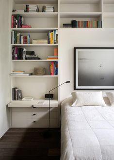 Uma das grandes vantagens de morar sozinho é poder deixar a casa com a sua cara. Para isso, confira nossos conselhos de decoração para quem mora sozinho!
