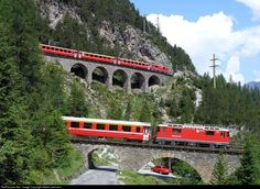RailPictures.Net Photo: GE 4/4II RhB - Rhätische Bahn GE 4/4 II at Albula, Switzerland by Albert Lehmann