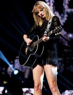 Super Saturday Night - February 4 2017 Taylor Swift