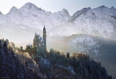 Still some winter shots on the disk... Neuschwanstein backlit from January... it seems like this place became popular recently..  I N S T A G R A M  L A N D S C A P E   P H O T O G R A P H Y facebook