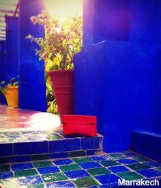 Pochette Rouge en Cuir à Marrakech