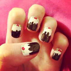 Christmas pudding nails.