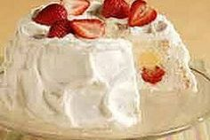 WW Strawberry Angel Food Cake-This is a Weight watchers 4 PointsPlus+, NO-COOKING recipe!