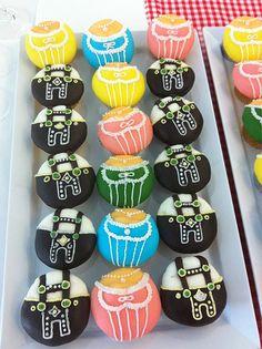 Dirndl and lederhosen cupcakes!  Cute!