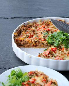 Salmon Burgers, Guacamole, Lasagna, Quiche, Nom Nom, Tacos, Food And Drink, Breakfast, Ethnic Recipes