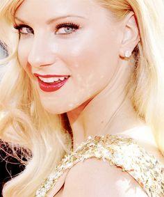 Heather Morris makeup