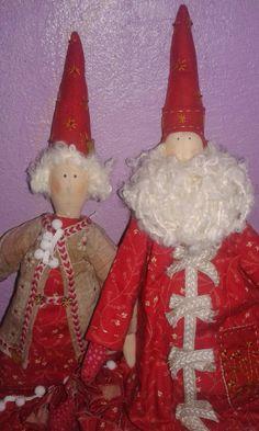 Casal Mamãe Noel Kriska e Papai Noel Nicolau - Casal harmonioso com sua beleza e charme, e aroma inconfundível da um toque  refinado ao seu ambiente, para decoração natalina