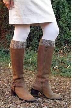 Easy Double Sided Boot Cuffs | This boot cuffs knitting pattern is a versatile stash buster.
