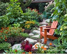 Edible landscaping. I wAnt this to be my front yard.