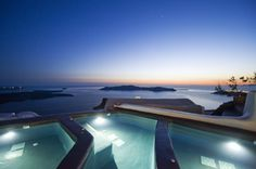 The best view in the world! #santorini #greece #travel