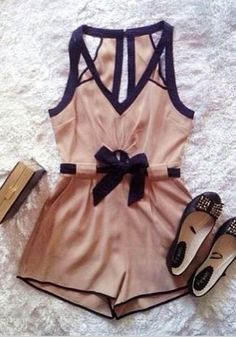♡ Summer Style - Nude and black romper / playsuit with flats - If you like my pins, please follow me and subscribe to my fashion channel on youtube! (It's free) Let me help u find all the things that u love from Pinterest! https://www.youtube.com/channel/UCCP8TXebOqQ_n_ouQfAfuXw