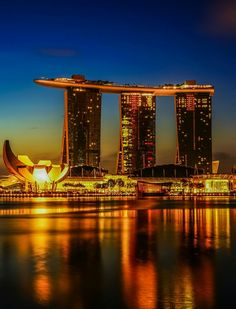City Lights At Night, Night City, Holidays Around The World, Around The Worlds, Singapore Attractions, Burma, Photos Hd, Singapore Malaysia, World Cities