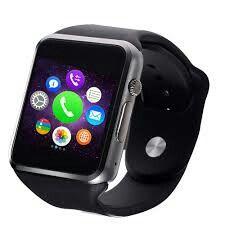 Smartwhatch negro con varias aplicaciones