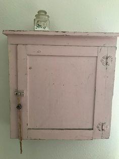 Pink.. #shabbychicbathroomspink
