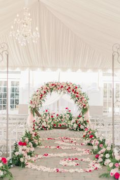 Pink Wedding ceremony floral decorations with round arch - Peony Park Photography | One Thousand Roses for the most Romantic Summer Wedding Colors | Fairytale Wedding Inspo with Every Shade of Pink - Belle The Magazine Summer Wedding Colors, Summer Weddings, Romantic Weddings, Wedding Ceremony Decorations, Wedding Centerpieces, Floral Wedding, Wedding Flowers, Fairytale Bridal, Round Arch