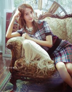 SONE Note is a Japanese Magazine produced by the fans (SONEs) to spread the love for the Girls' Generation. FYI, this is the release . Girls Generation, Im Yoona, Viernes Casual, All American Girl, Idole, Cosplay, Kpop Fashion, Street Fashion, Rosacea