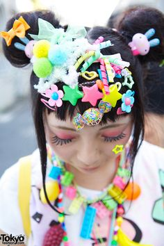 Kawaii Harajuku Decora Fashion w/ Hair Clips, Pinwheel & 6%DOKIDOKI