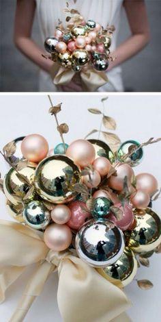 Christmas bouquet, what a wonderful idea for a wedding in December!!! #inverno #Dicembre #matrimonio #sposa #bride