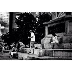 Location: Columbus Circle New York  Scene: Stepping Down  #whateveryoudoworkatitwithallyourheart ____________________________________ #12x53_jonas#_53mm_#fujixclub#xf35mm#themonochromaticlens#teamfuji#fujilove#fuji#fujifilm#fujifilm_northamerica#xf35f2#xf35mmf2#xe1#fujixe1#streetphotography#streetphoto#streetportrait#fujifeed#fujilfilmx_us#fujifilm_xseries#myfujifilm#bnw#monochrome#blackandwhite#bnwphotography#exploretocreate#5yearsofxseries#justgoshoot#blackandwhitenyc