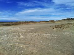 http://www.wanderfulexperience.info/2013/06/in-desert-of-paoay-sand-dunes.html