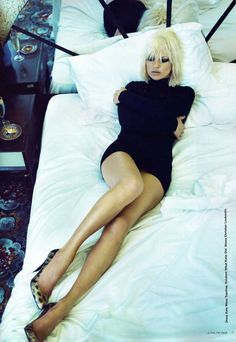 lelaid: Kate Moss by Emma Summerton for i-D, November 2007 -