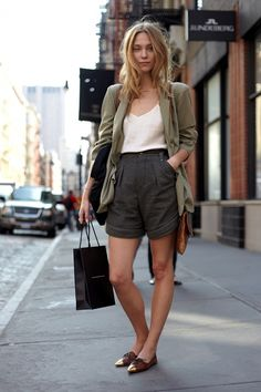 Oversized blazer, tailored shorts, oxfords.. But a skirt instead