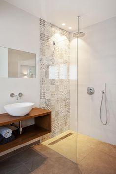 How to Finish Your Basement and Basement Remodeling – House Remodel HQ Wooden Bathroom, Bathroom Floor Tiles, Small Bathroom, Bathroom Inspo, Bathroom Inspiration, Basement Remodeling, Bathroom Renovations, Washbasin Design, Coastal Bathrooms